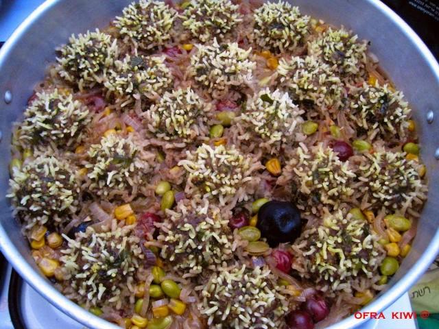 קציצות בשר טחון עם אורז - כמו קיפודים